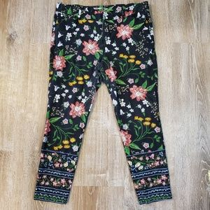 Old Navy ~ Pixie Floral Mid-Rise Jeggings